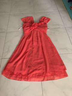 🚚 Bridesmaid dress