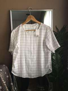 Uni Qlo White Boxy Top
