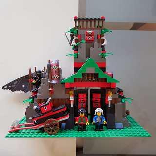 Lego ninja castle rare