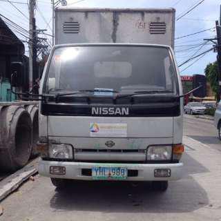 Truck nissan