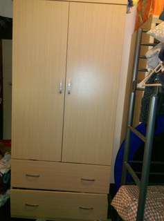 雙門木質衣櫃