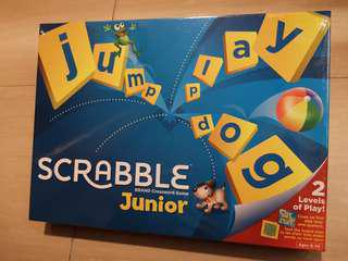 New Scrabble Junior board word game 2 levels Mattel