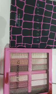 Brand new in box eyeshadow palette make up store 12 shades of pink made in EU