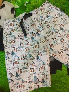 Celana pendek UNIQLO size 33