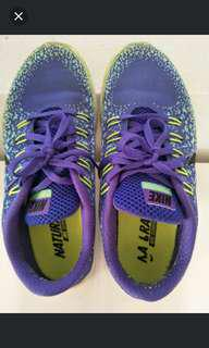Original NIKE running shoes for boys,  girls or young adults