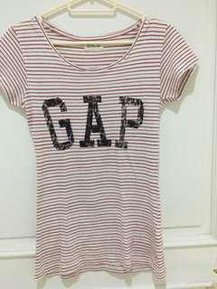 Authentic Gap Tee - Red Stripes with brand logo