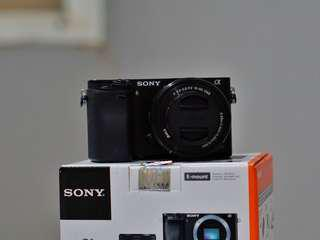 SALE! Sony a6000 Black - Mint Condition