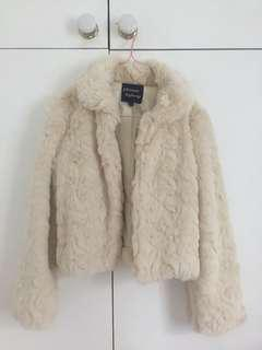 Princess Highway Marilyn Monroe style faux fur white jacket
