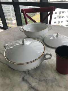 Porcelain Food Server