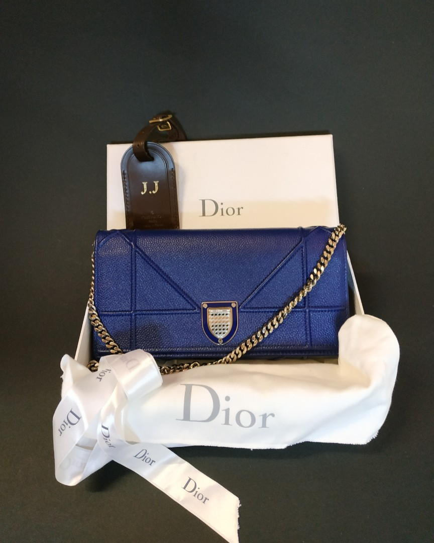 b2e9e697512b 💯 Authentic Christian Dior Diorama wallet on chain (woc) in cobalt blue  with silver hardware