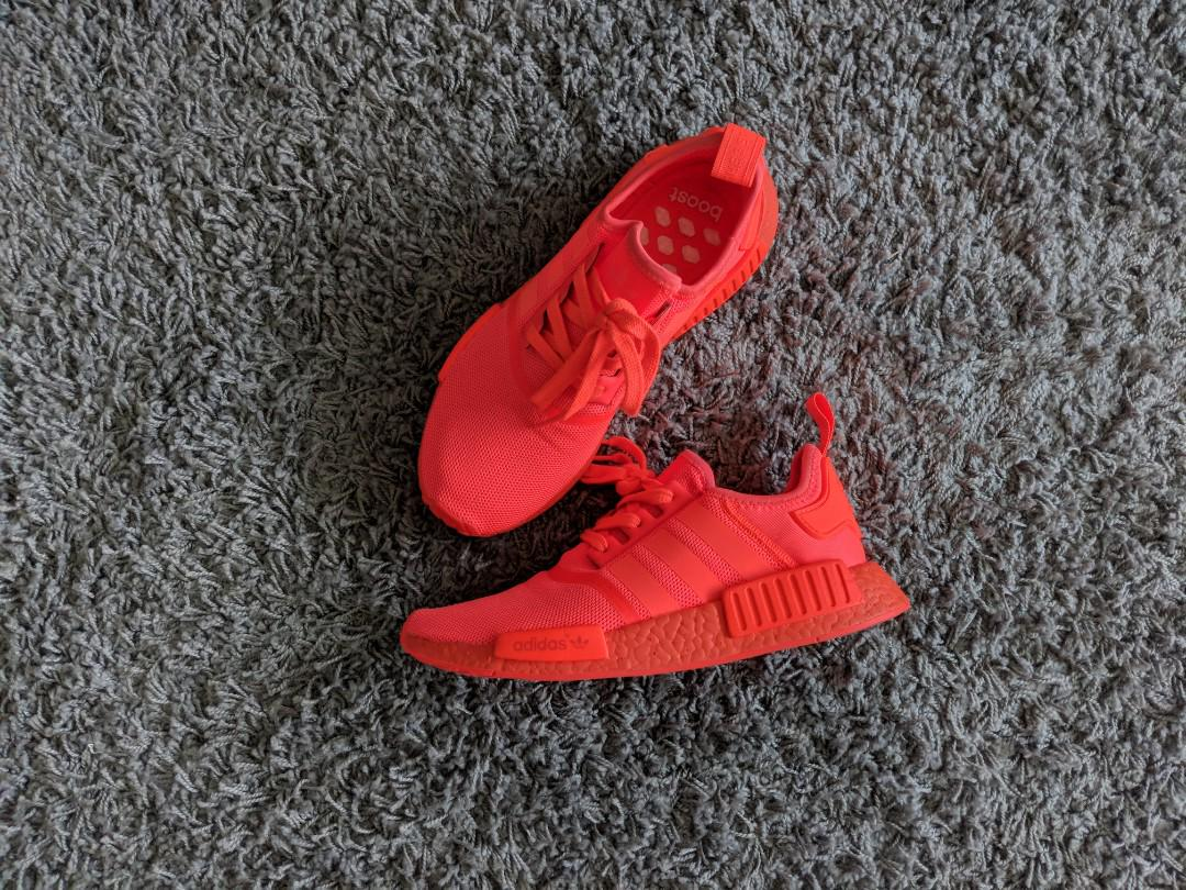 adidas nmd triple solar red