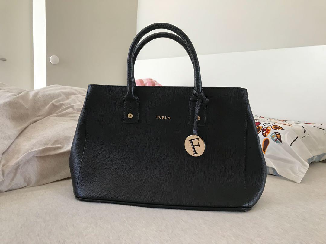 5f923c29be0f Furla Linda Mini Hand Bag Tote Onyx