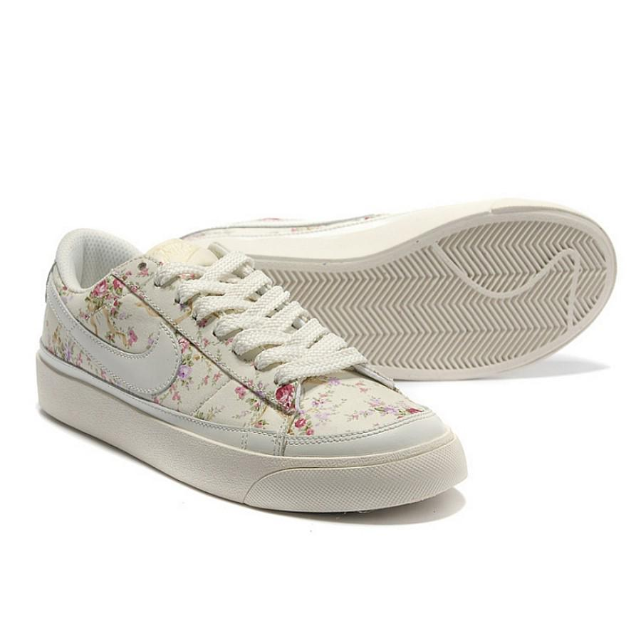premium selection 0d760 9ef61 INSTOCK Nike Blazers Liberty White Rose Floral Sneakers ...