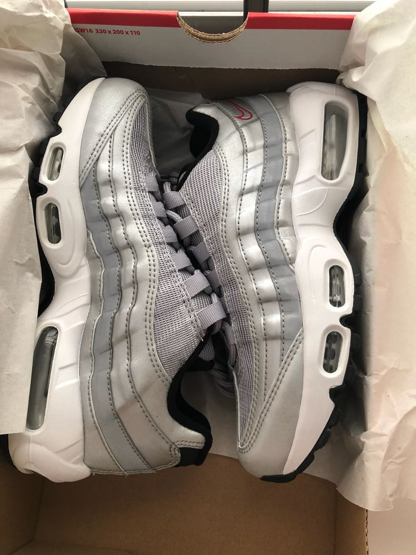 Nike Air Max 95, Women's Fashion, Shoes, Sneakers on Carousell