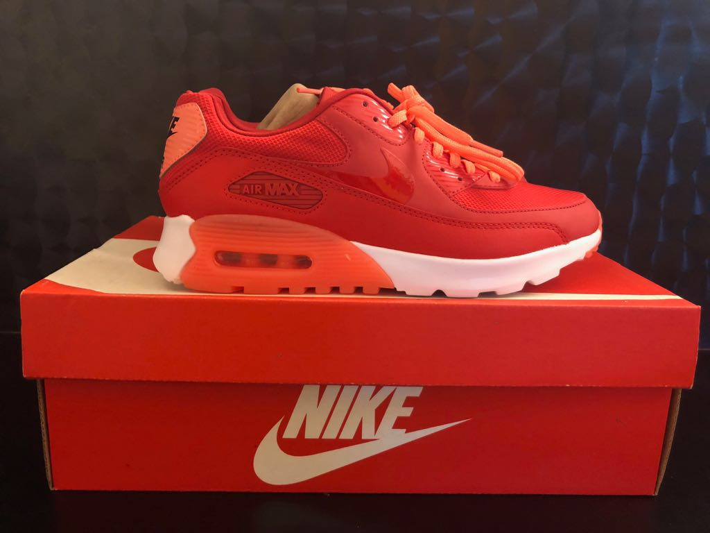 official photos 0826e d060c Nike W Air Max 90 Ultra Essential