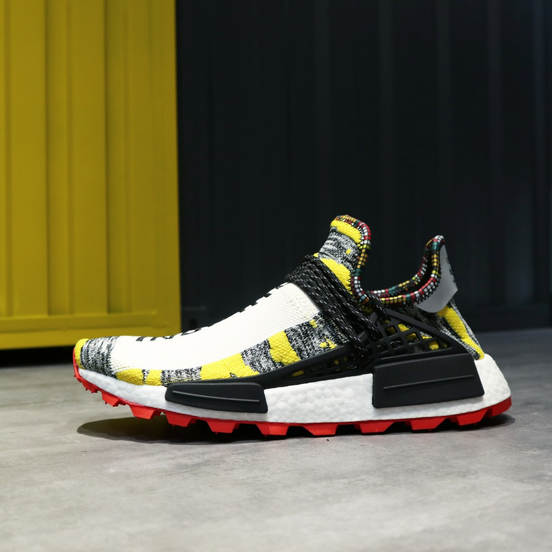 official photos 2e453 d3dd2 PHARRELL X ADIDAS ORIGINALS NMD HU