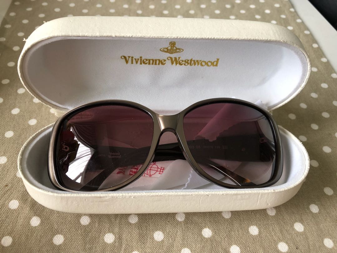 a2a963af1297 Vivienne Westwood Sunglasses, Women's Fashion, Accessories, Eyewear &  Sunglasses on Carousell
