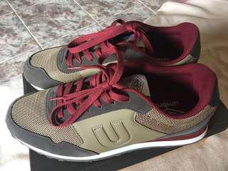 Sepatu Sneakers Umbro Trafford Legit 43