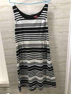 Merona - Maternity one piece stripe dress 👗