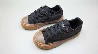 Sepatu converse size 21, 22, 29