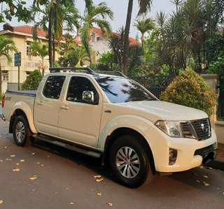 Nissan Navara Sports Version Double Cabin 4x4 Turbo Diesel 2.500cc Tahun 2013 MT Putih