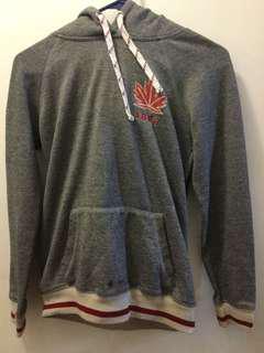 Bluenotes Canada Sweater