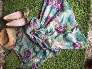 Dress 200-300 pre-loved
