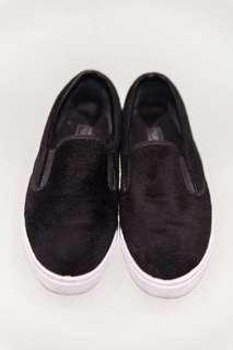 Topshop black faux fur slip on