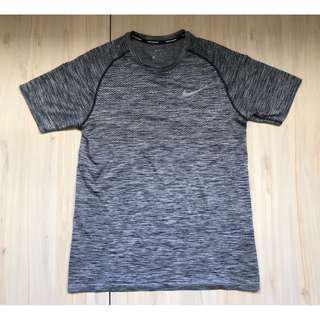 Nike Running Dry Knit 跑衣 L號