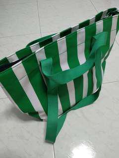 Esprit 2-way bag in green/white stripes