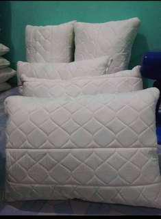 URATEX plain white pillow