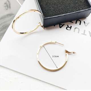 Basic Loop Earrings, Gold