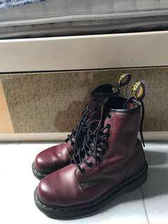 Dr martens 八孔靴 棗紅色