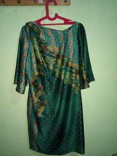 Lyne halim silk batik dress
