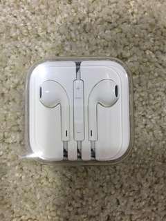 Apple EarPod earphone