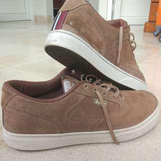 Sepatu Sneakers League Size 46 Suede