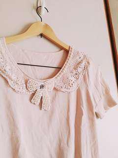 🚚 氣質珍珠米白布蕾絲上衣 #年末感恩免費送
