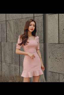 🚚 韓國甜美泡泡袖方領魚尾粉色包臀合身洋裝連身裙