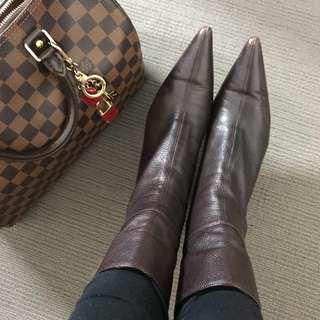 Brown leather Gucci Boots