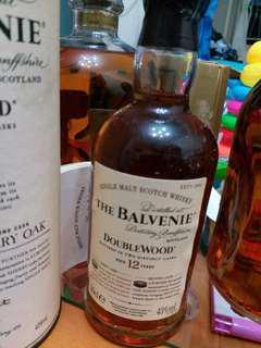 陳年百富双桶威士忌43%200ml with box, 台版一支。