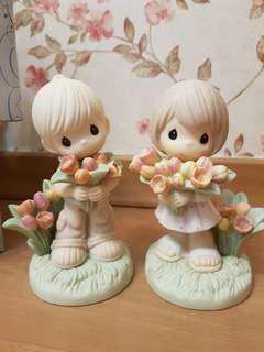 Precious Moments Figurine - You Colour My World With Your Love