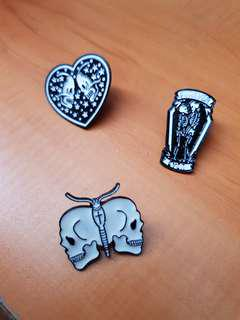 🚚 Aesthetic Skeleton Theme Enamel Pins