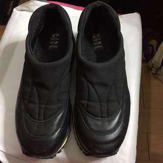 Nine West Slip on Sneakers