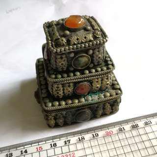 古典小飾物盒