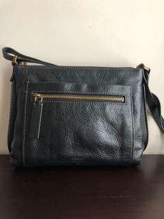 Fossil sling bag (almost new)