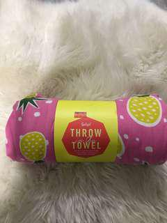 Sportsgirl Pineapple Throw Towel