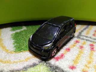 🚚 Tomica Toyota Ractis