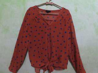 #mauiphonex blouse polkadot