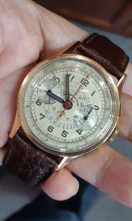 Chronograph Suisse 18k rose gold.