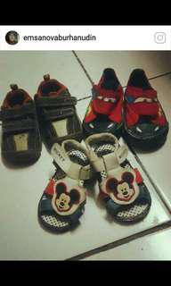 Sepatu anak borongan